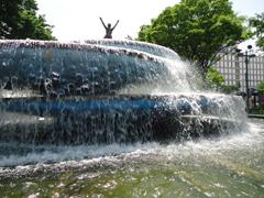 栄噴水.JPG